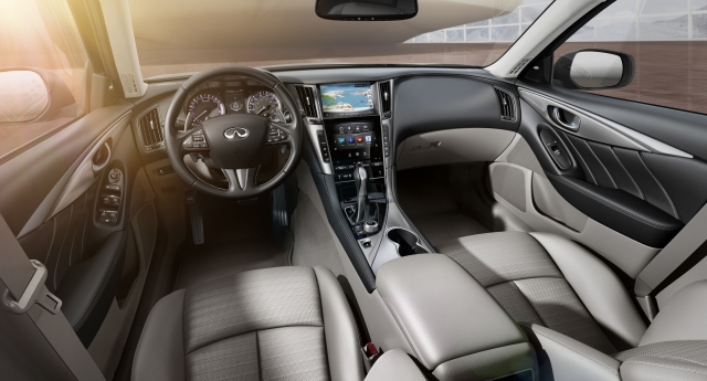 2014 Infiniti Q50 interior    source: Nissan