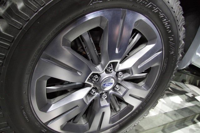 Ford Atlas Concept active wheel shutters - open   source: Ingo Rautenberg