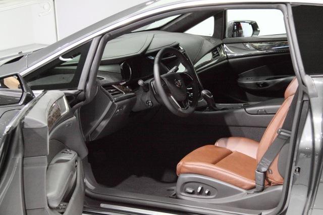 2014 Cadillac ELR interior    source: Ingo Rautenberg