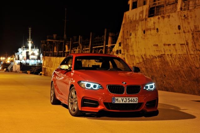 BMW 220i       Photo:BMW