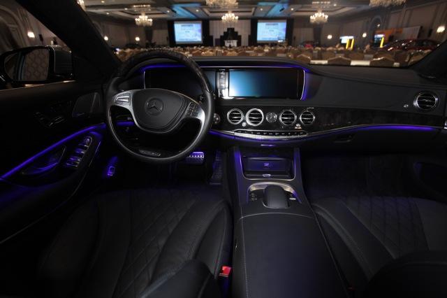 Mercedes-Benz S550      Photo: WardsAuto