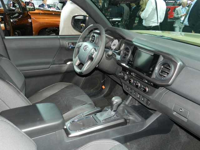 2016 Toyota Tacoma interior     photo: AACS