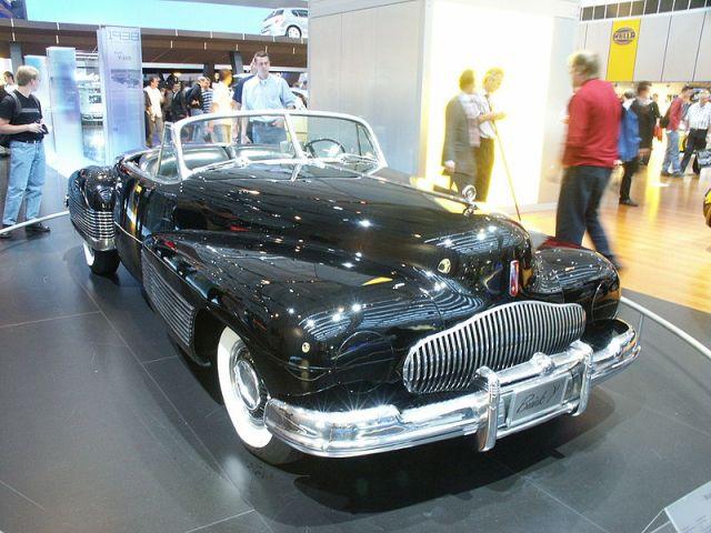 800px-BuickY-Job(1938)1
